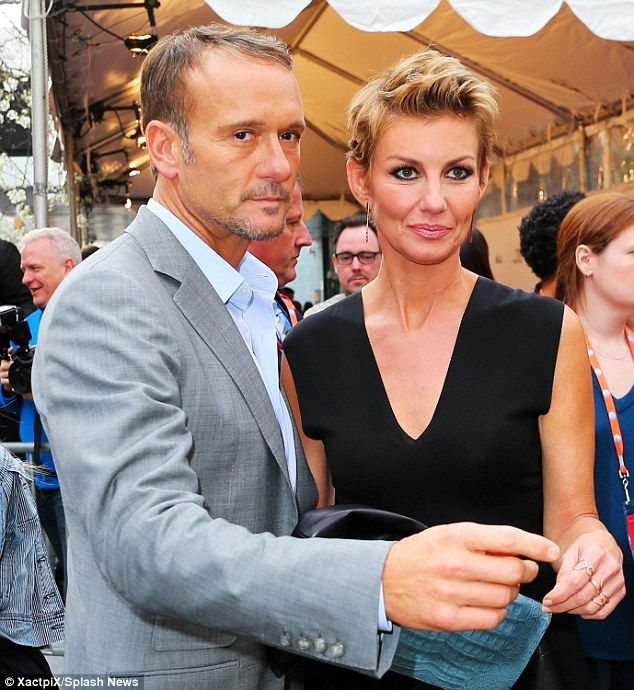 Faith Hill and husband Tim McGraw skip the ACM Awards   Young man ...