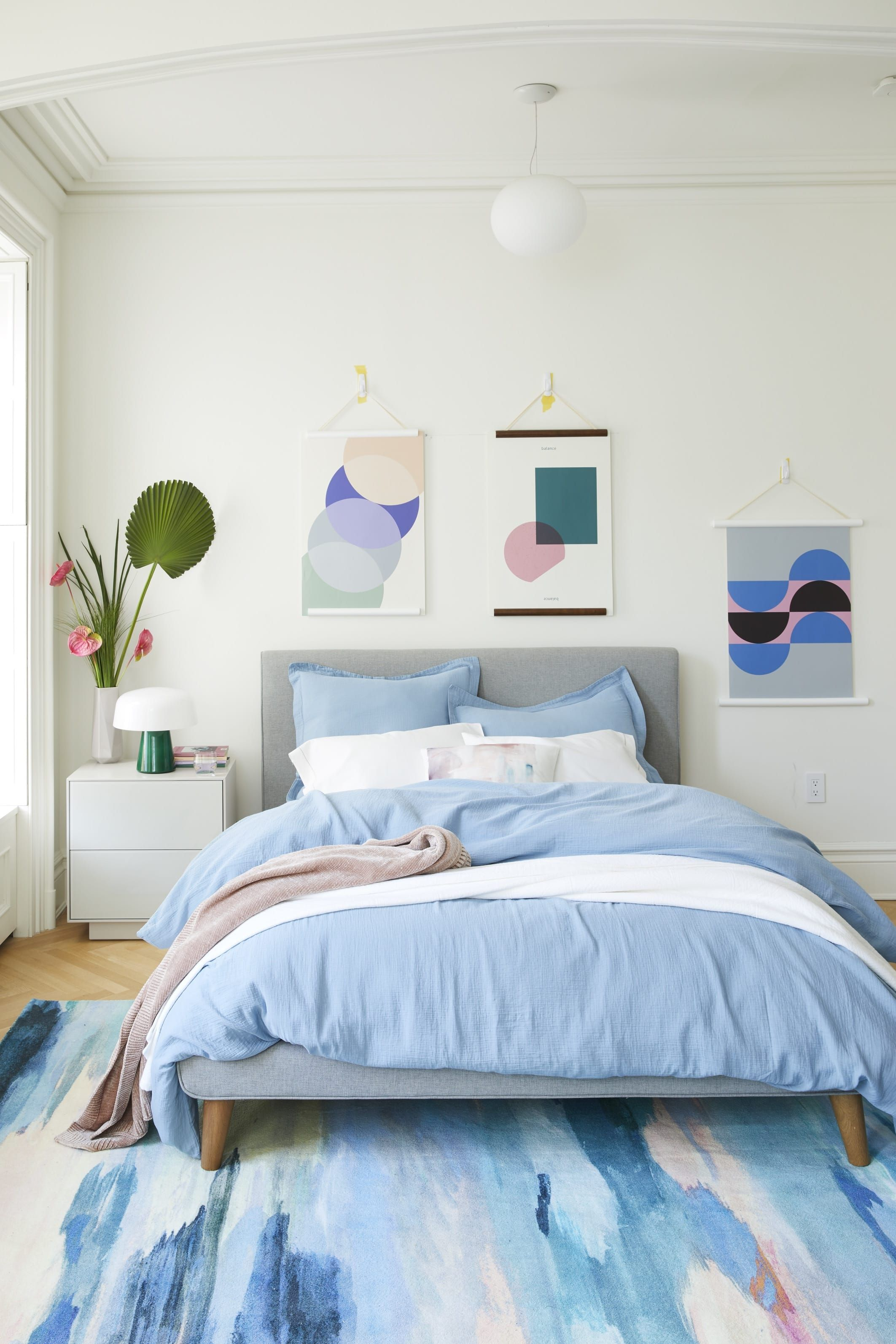 I Tried Renting West Elm S Bedding Through Its New Program Diy Home Decor For Apartments Renting West Elm Bedroom Beautiful Bedroom Furniture