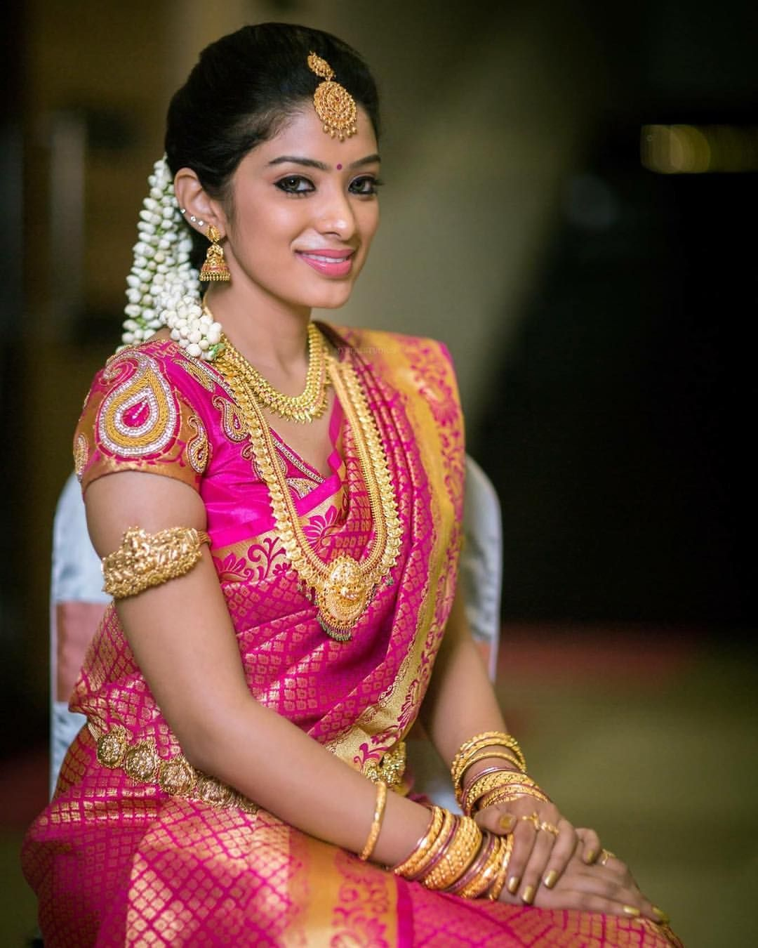 Hindu Indian Wedding Hairstyles: South Indian Bride. Gold Indian Bridal Jewelry.Temple