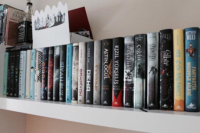 https://www.instagram.com/p/BCQe7g6MWIn/  #books#bookworm#bookporn#booklove#bookdragon#booktuber#bookstagram#instabooks#livros#instalivros#bibliophile#libro#libri