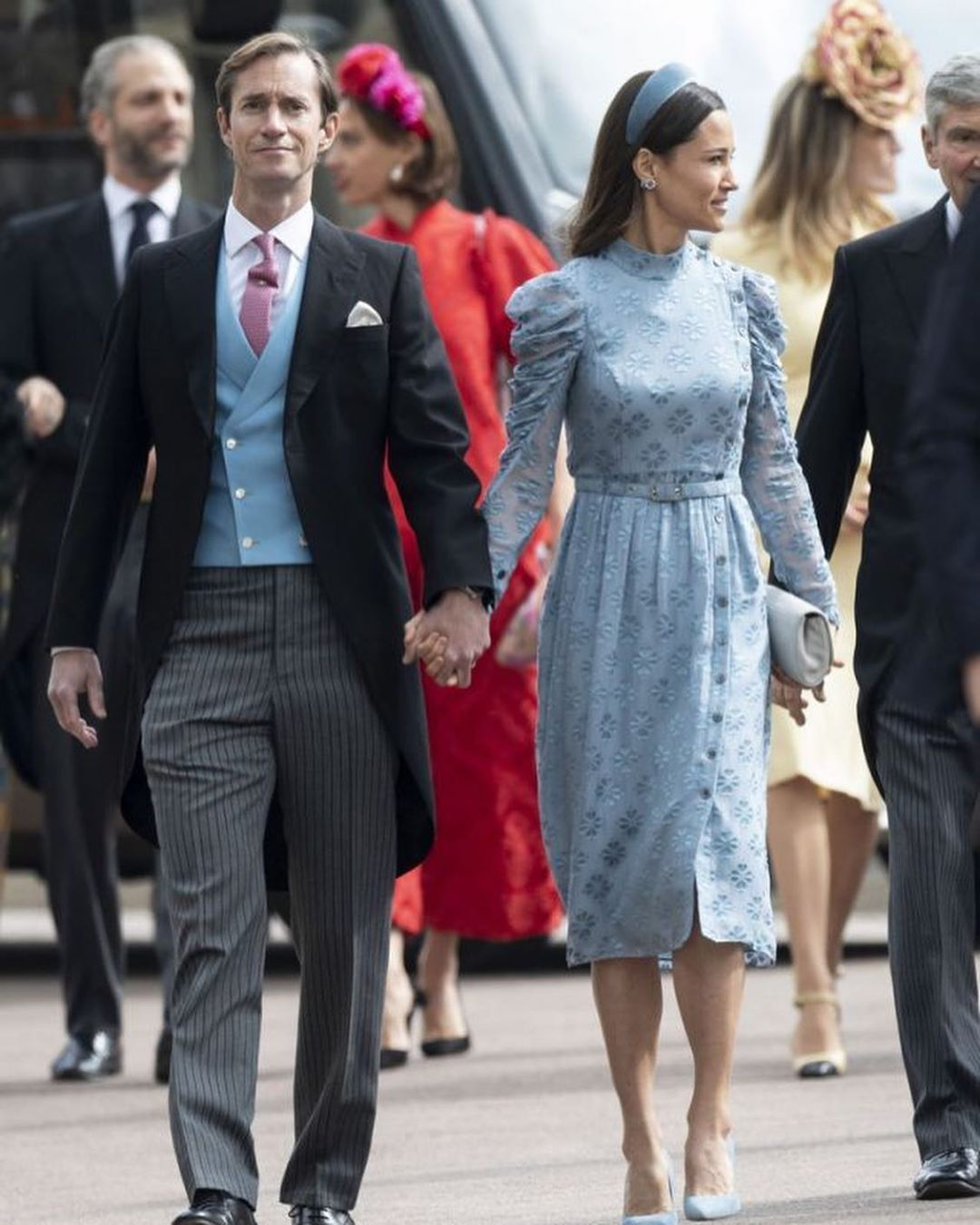 Do You Like Her Outfit Pippa Kate S Sister And James Matthews Attended The Wedding Of Lady Gabriel Pippa Middleton Style Pippa Middleton Middleton Style