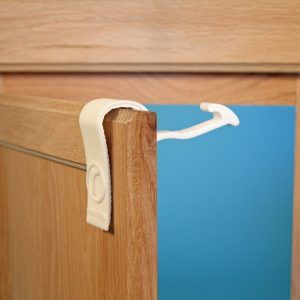 Baby Proof Kitchen Cabinets Without Drilling