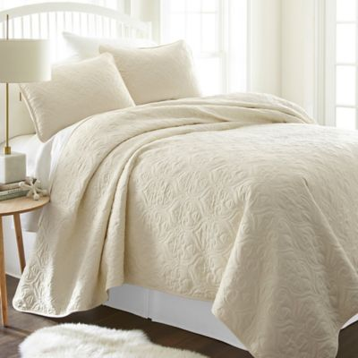 Damask Quilted Coverlet Damask Quilt Coverlets
