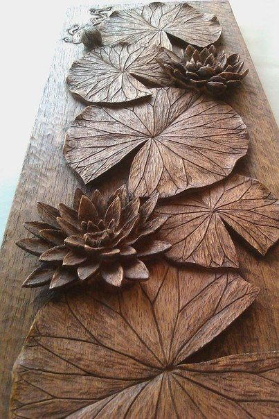 Arts and crafts style shelves in kayu carving