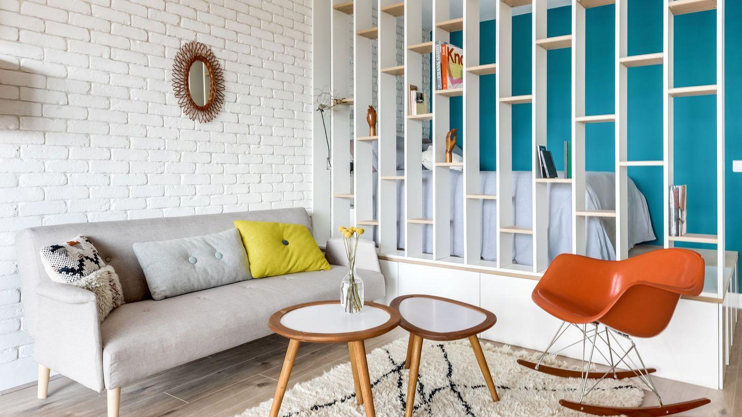 Separation Salon Chambre Studio studio-chambre-separees-par-bibliotheque-decoration   wall