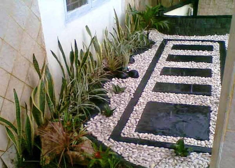 Desain Taman Samping Rumah Minimalis Zen Garden Small
