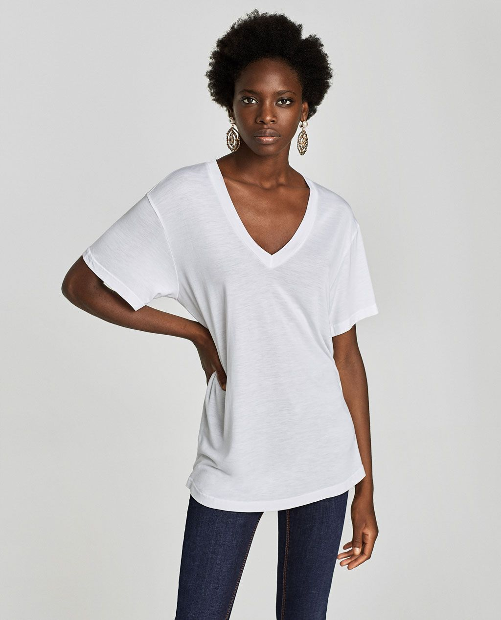 b362040a2c12a BASIC V-NECK T-SHIRT-NEW IN-WOMAN