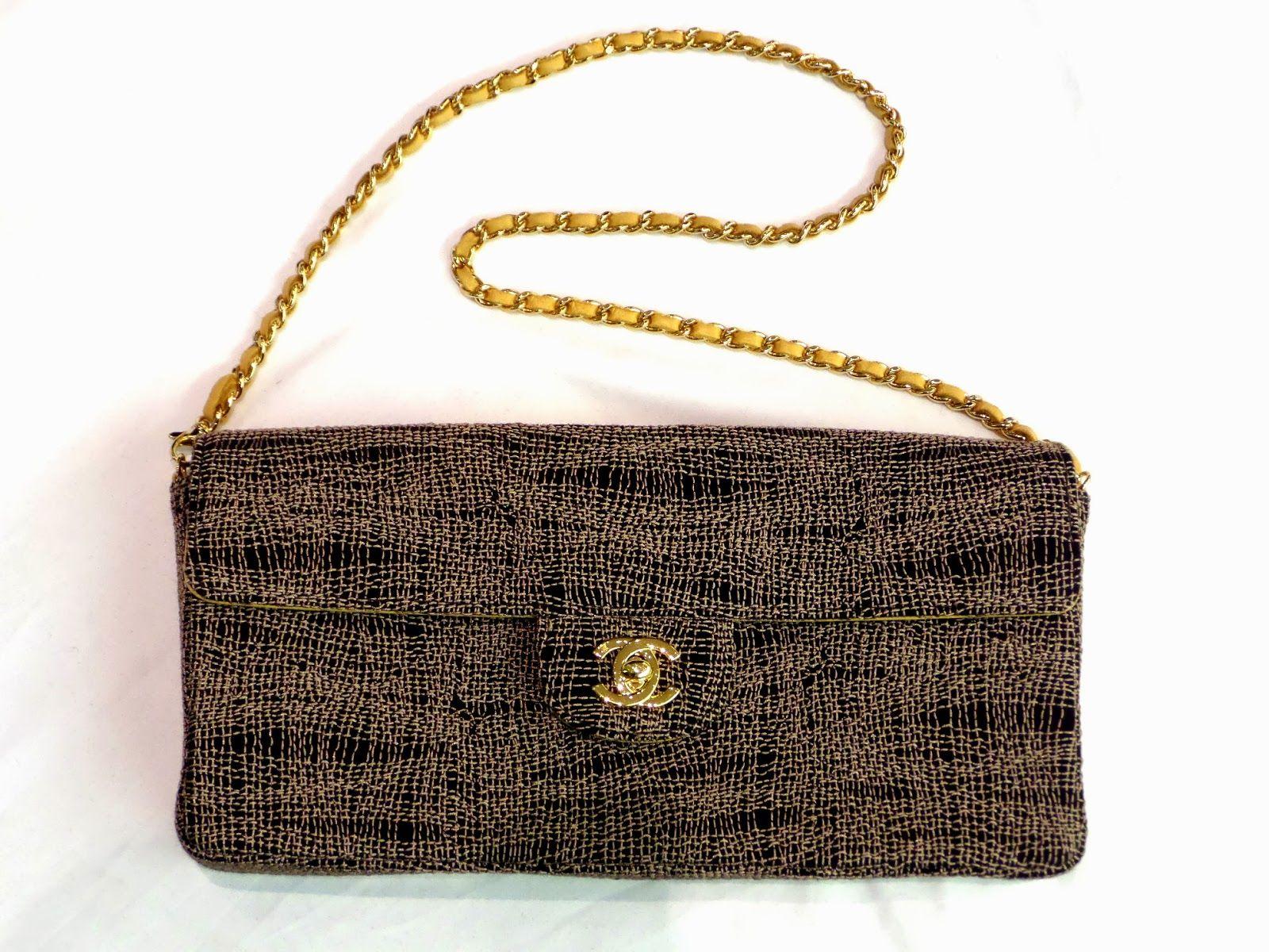 This is so pretty! Chanel classic flip bag. Chanel
