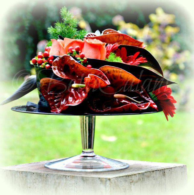 #fioridivenerdì - - - - - - - sull'alzatina rossa ...