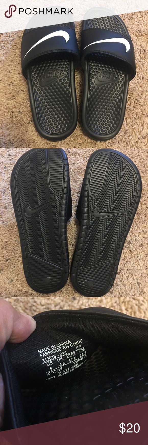 the latest 16e35 b5f9c Nike slippers Nwot nike slippers. Never worn. Size 5 men's ...