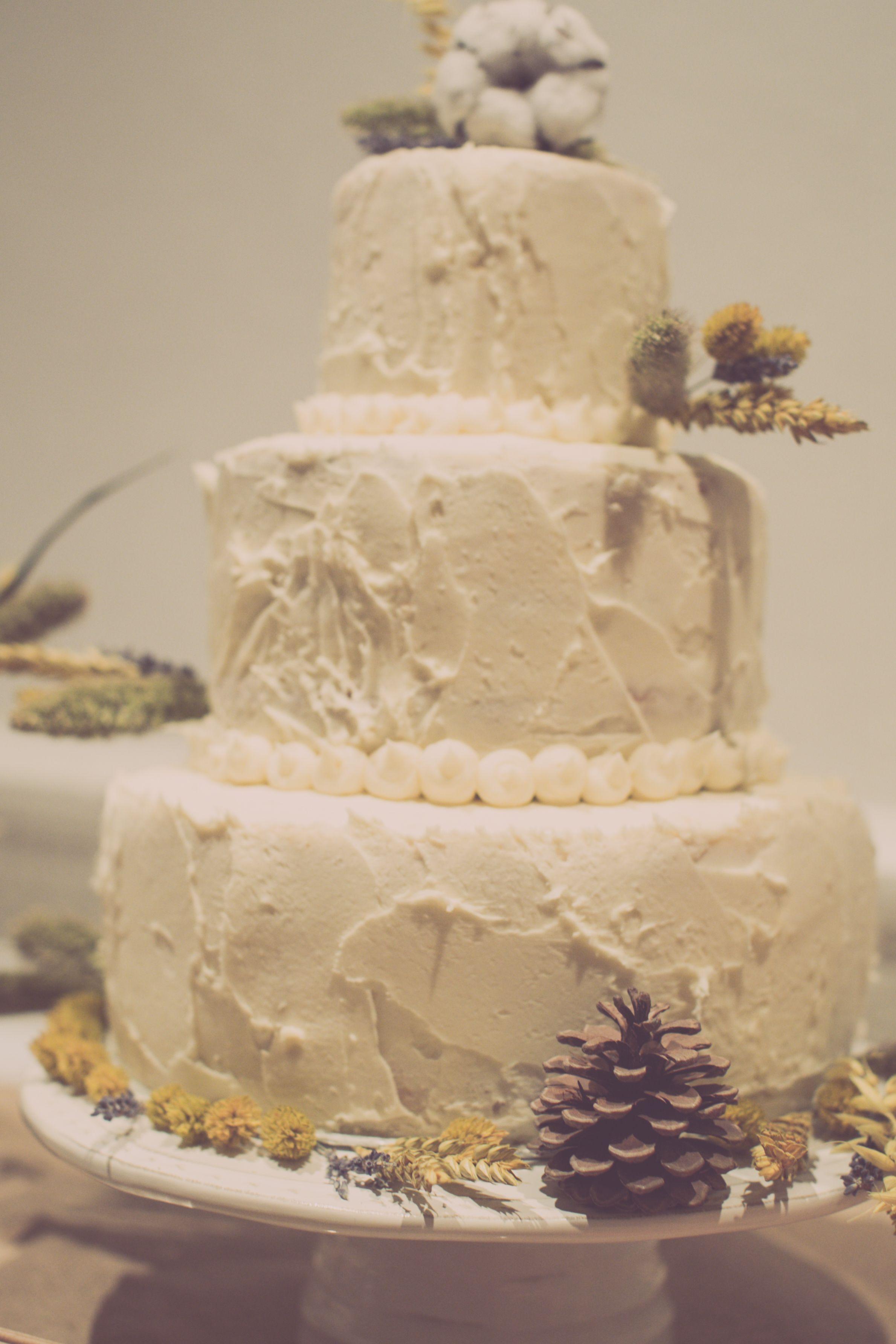 Cake by http://www.frenchmade.co.uk #alternative #weddingcake ...