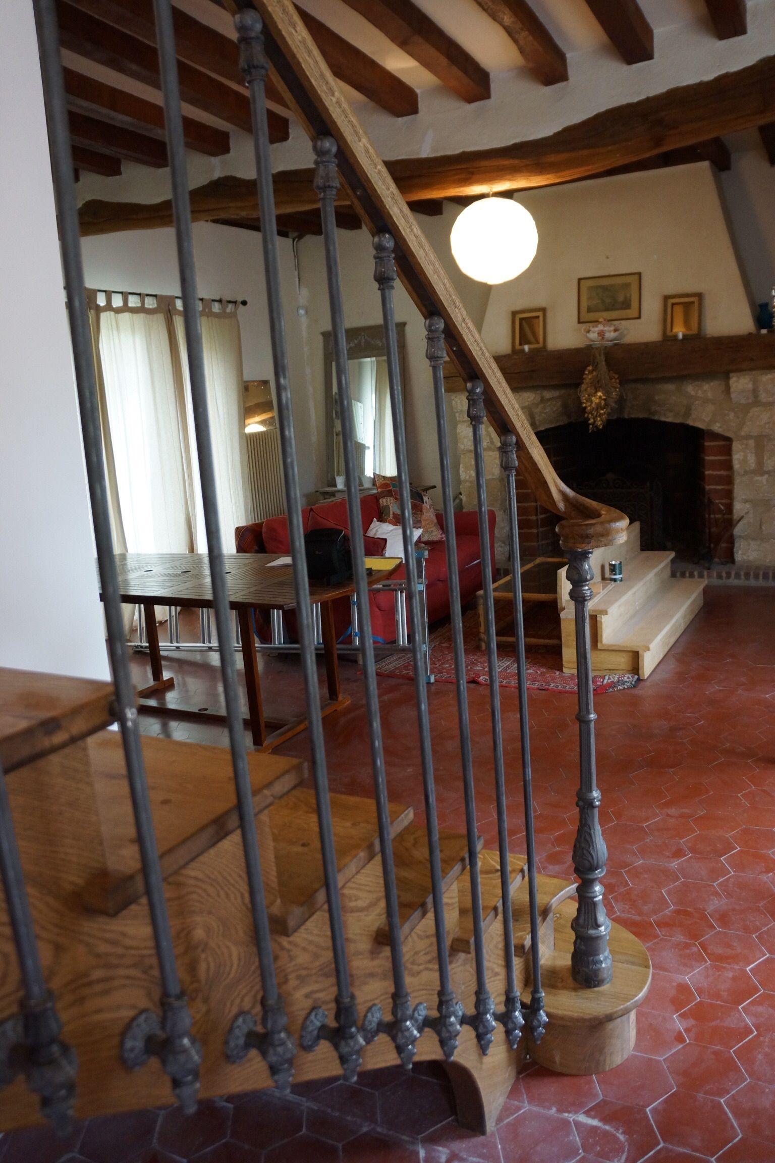 Depart D Escalier A L Anglaise Avec Volute De Main Courante