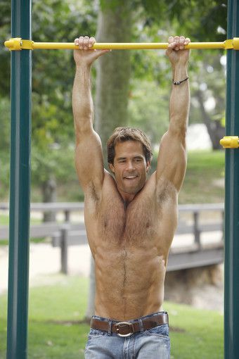 shawn christian height