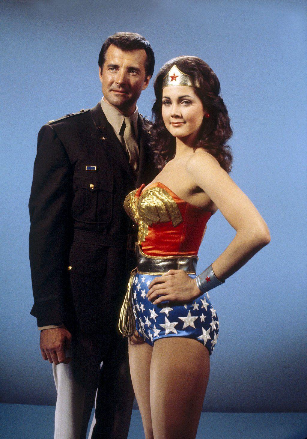 Lynda Carter and Lyle Waggoner as Wonder Woman and Steve Trevor | TV