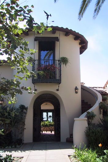 Love the curve of the stairs mirroring the turret spanish old world and other great - Maison de prestige austin jauregui ...