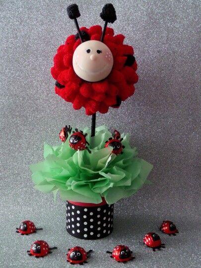ideas dulces para decorar las mesas de una forma creativa y original. arboles de dulces (topiario centro de mesa LADYBUG) MARIQURITAS.. puedes contactarnos al cel: 3186411737 - whatsapp: 3178168370 y visitanos en nuestra pagina Web: www.globostilo.com o al Facebook: globistilo decoraciones.. estamos en la ciudad de bucaramanga