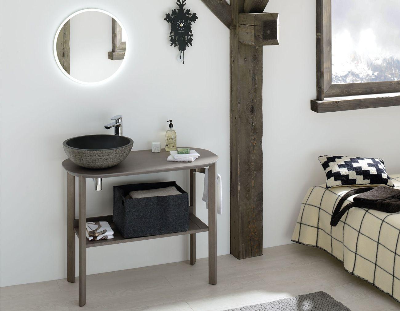 Meuble salle de bains en ch ne massif avec vasque poser Meuble vasque pour petite salle de bain