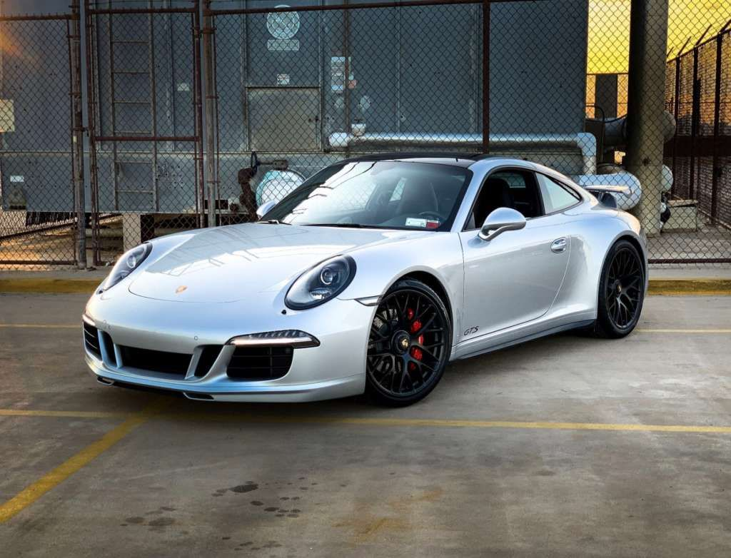Porsche 991 Carrera Gts 2016 Elferspot Com Marketplace For Porsche Sports Cars Carrera Fahrzeuge Porsche