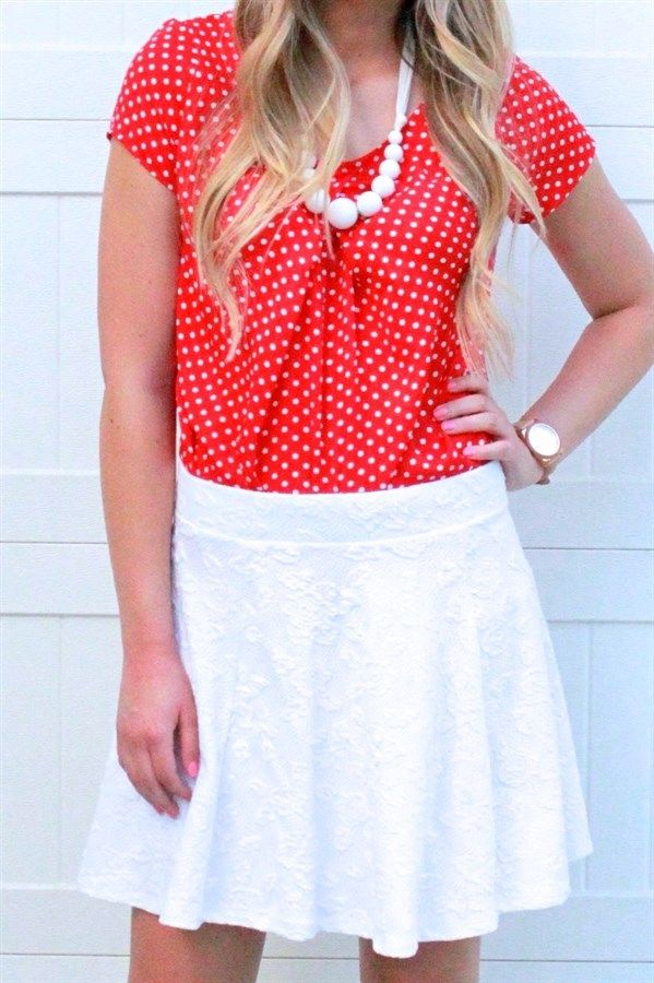 Our light weight, polka dot chiffon top will be a fall and winter fave! This top is perfect for layering. We love it paired with some skinnies and wedges or a cardi and boots. Super flattering and comfy. Fits true to size.Colors:NavyRedRoyal BlueWhiteBlackSizes:Small (0-4)Medium (6-8)Large (10-12)Extra Large (12-14)