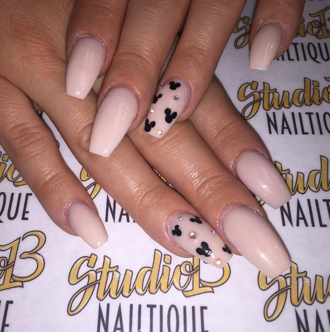 From Princesses To Mouse Ears These Are The Best Ideas For Disney Nail Art Mickey Nails Disneyland Nails Disney Acrylic Nails