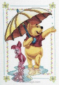 Royal Paris modèle au point de croix winnie porcinet sous la pluie disney | Disney cross stitch ...