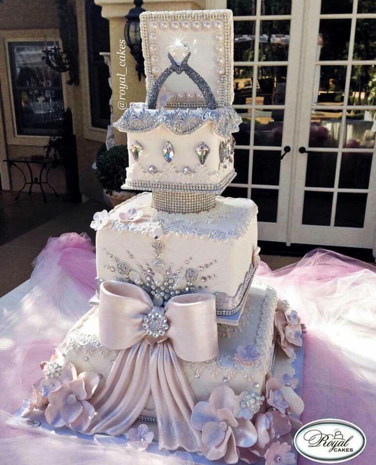 Gorgeous Wedding Cake                                                       …
