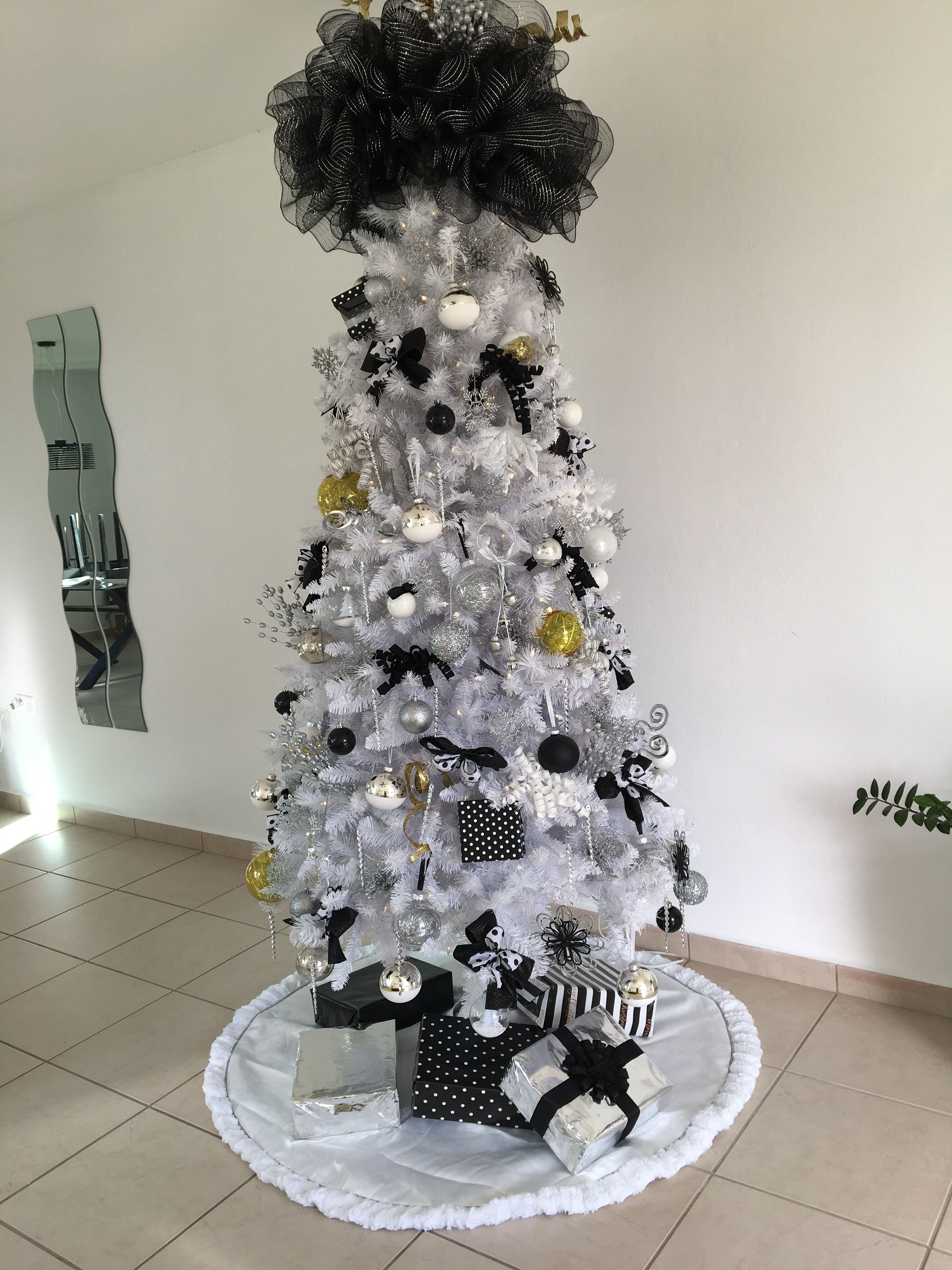 White Chritsmas Tree And Black Silver Yellow Decoration By Myself Yellow Decor Modern Christmas Tree Modern Christmas