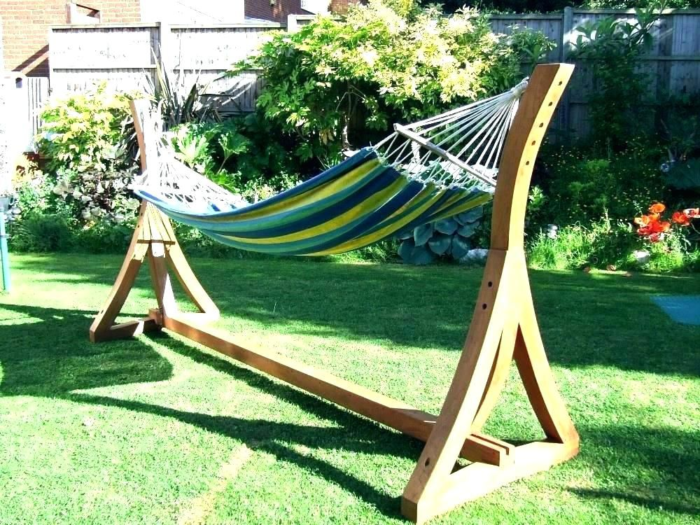 Cedar Wooden Is Thought To Be Robust And Exquisite Alternative When Coping With Diy Tasks This Smell Hammock Chair Stand Diy Wooden Hammock Stand Diy Hammock