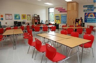 Policy kicking out students with low grades comes under scrutiny