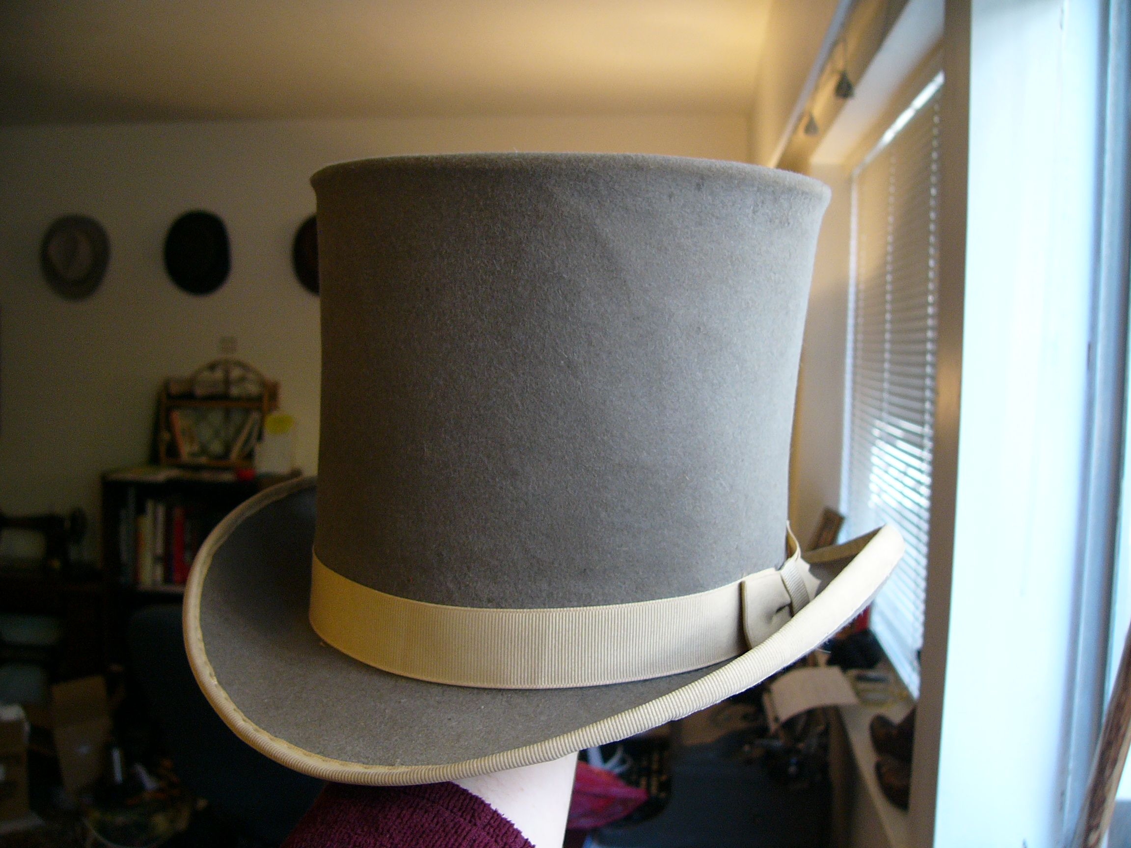 43986b48fead6 Restored Victorian top hat in unusual color | My collection ...
