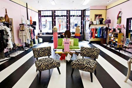 Painted floors c h e e k y boutique interior design for Home design e decor shopping