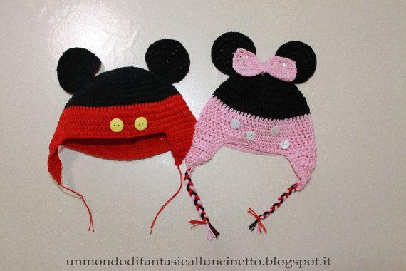 Cappello di Minny e Topolino all'uncinetto  di FantasiediLisa