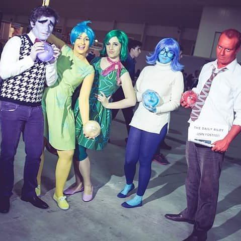 Another awesome photo from Meh Productions  #Joy is @orikame_fable  #Fear is Barbe #Disgust is @arielcosplay  #Rage is Treveron #Sadness is me! (@Nixarim)  #cosplay #cosplaypixar #pixarcosplay #pixar #insideoutcosplay #InsideOut #joycosplay #fearcosplay #disgustcosplay #ragecosplay #sadnesscosplay