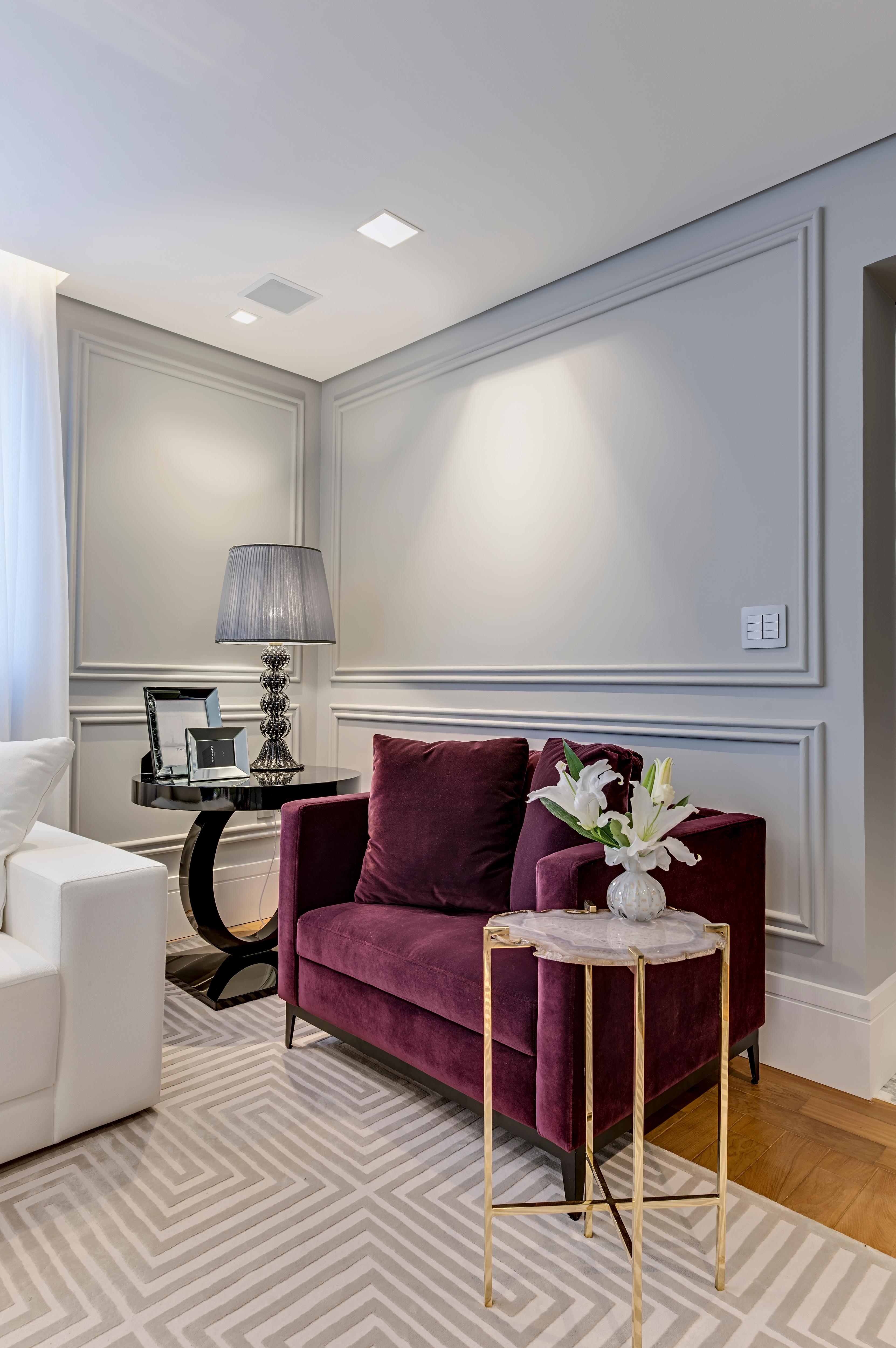 Classic And Contemporary Apartment Em 2020 Decoracao De Sala