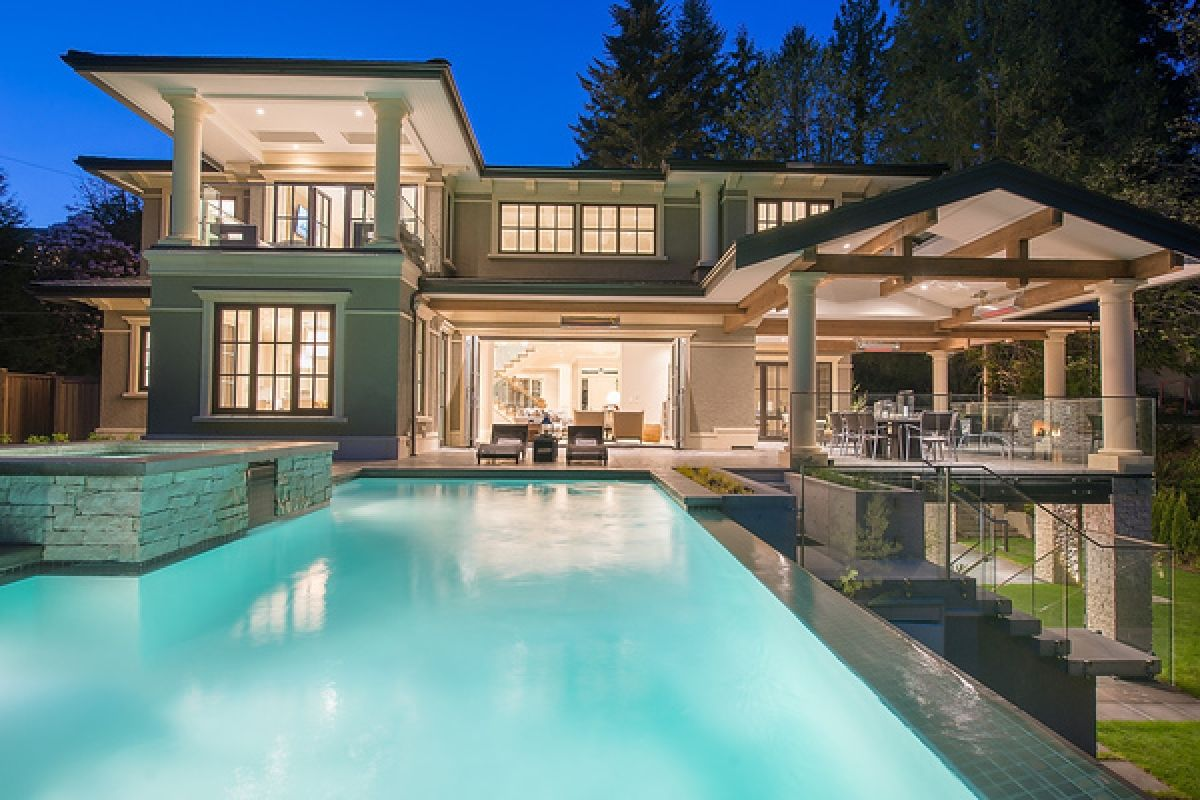 New British Properties Grand Mansion 690 Parkside Road
