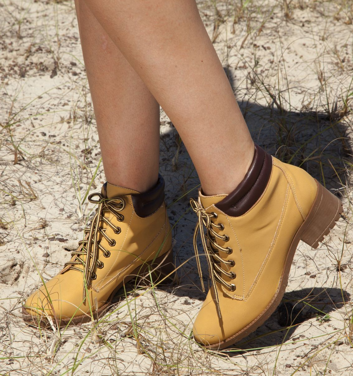 2bfb8c2b59c38 yellow boots - winter shoes - coturno amarelo - Inverno 2015 - Ref. 15-303