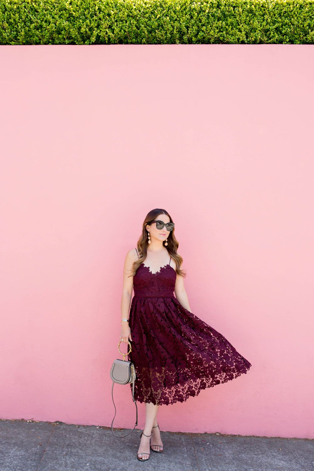 Burgundy Lace Midi Dress at a Pink Wall in San Francisco | Granate y ...