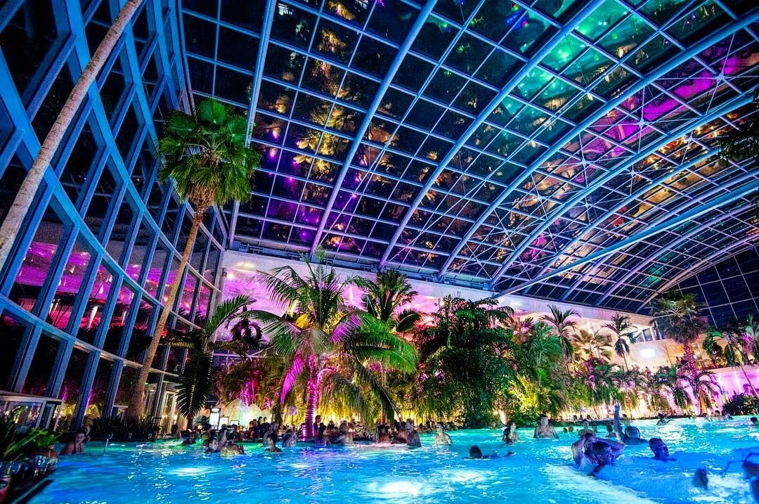 Cool Thermal Hot Baths Bucharest Romania World S Largest Spa