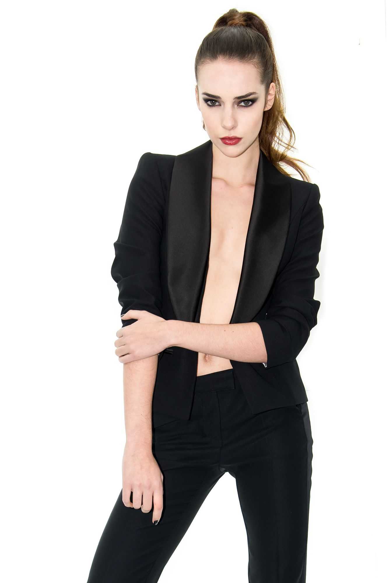 veste smoking femme veste satin noir veste courte stefanie renoma stefanie renoma dresses. Black Bedroom Furniture Sets. Home Design Ideas