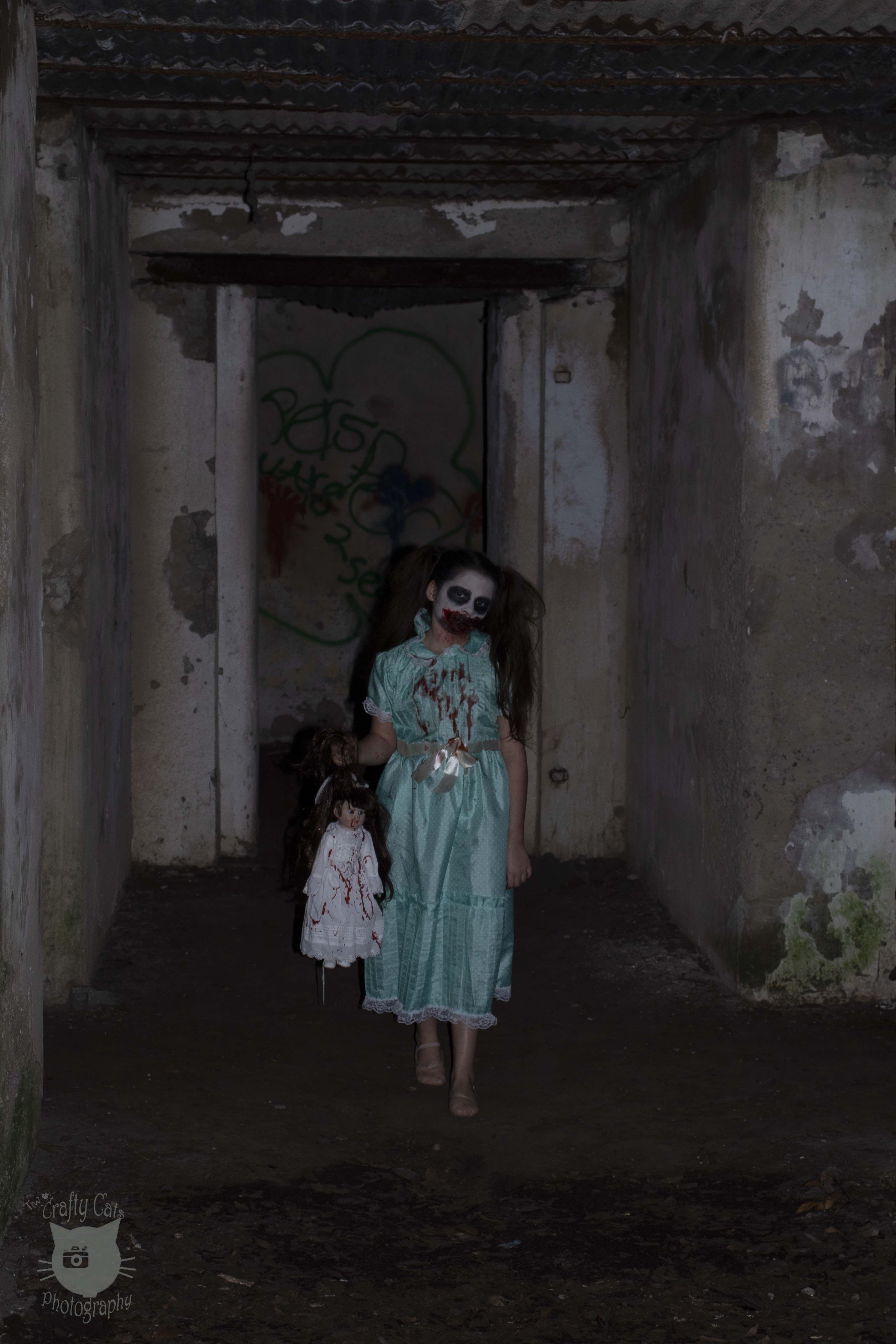 Horror Shoot Creepy Girl Photo By Tera Two Crafty Cats Model