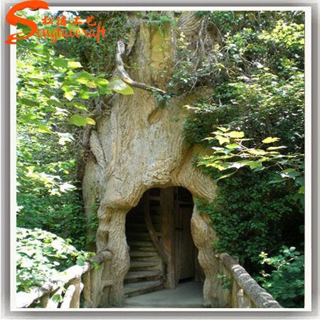 Source Custom Outdoor Plastic Big Tree House Artificial Tree House