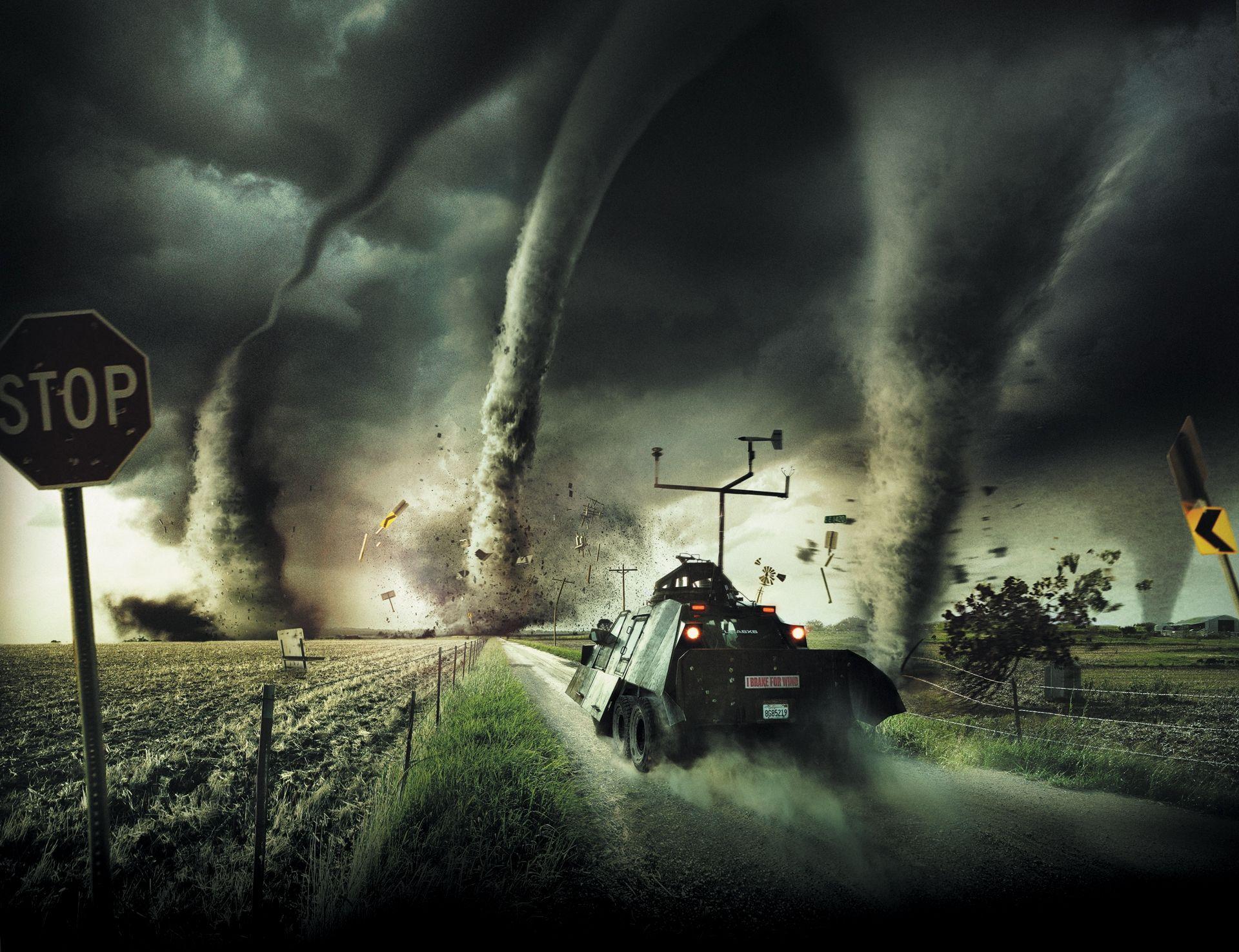 Director Of Tornado Alley Will Present Film At DMNS CatchCarri - Storm chaser gets struck lightning films