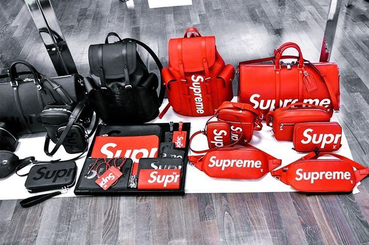 8cb4ba9ae0f6 Supreme X Louis Vuitton