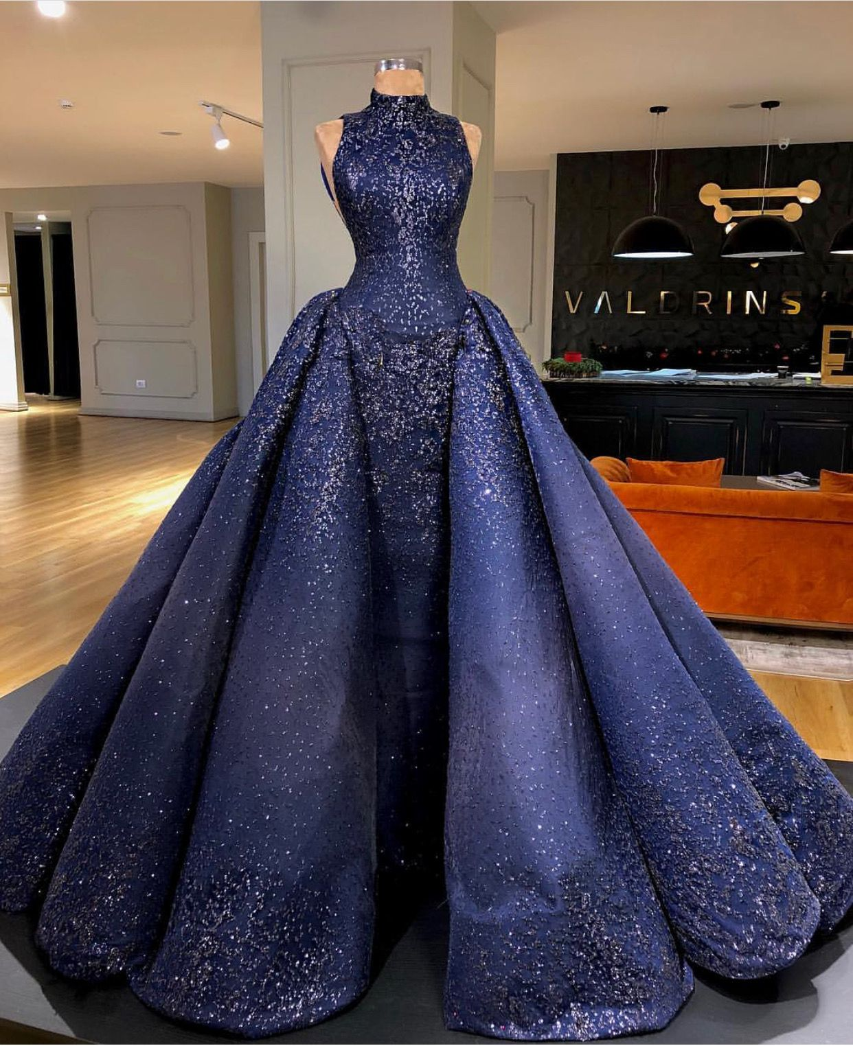 Pin by susi on ballgowns in pinterest dresses gowns and