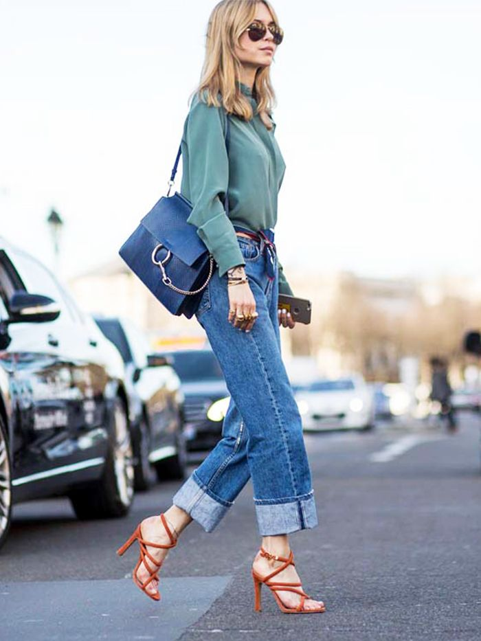 The perfect spring look: baggy jeans and colorful strappy heels