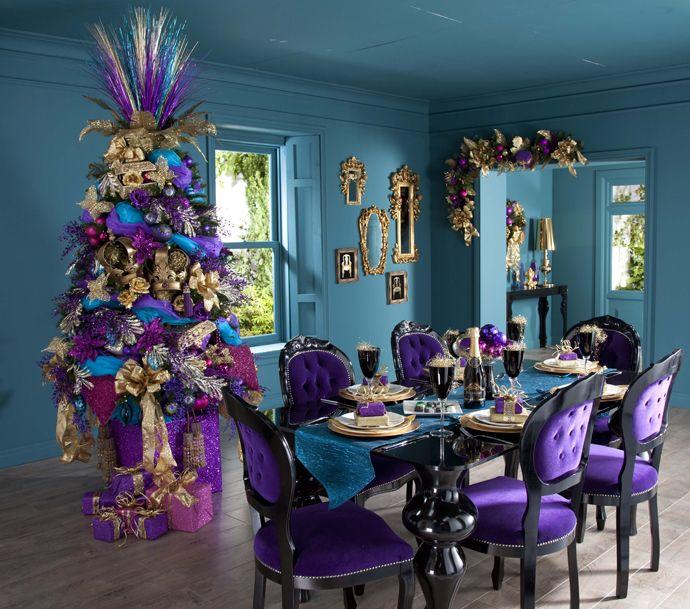Decoracion de navidad en color lila for Departamentos decorados para navidad