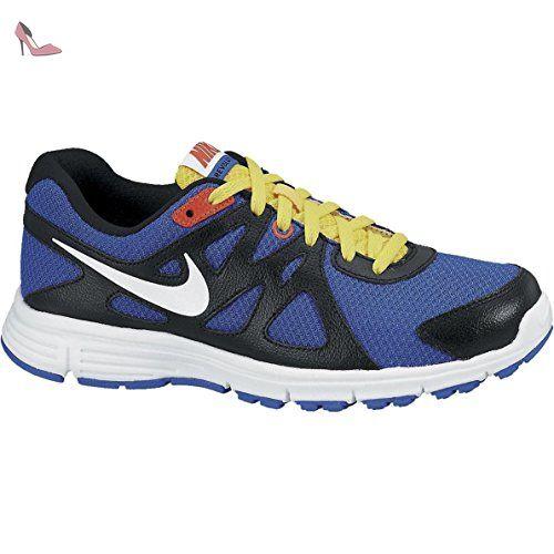 free shipping c66d3 2b2df Nike Revolution 2 (GS) chaussure de course Enfant Amazon.fr Sports et  Loisirs