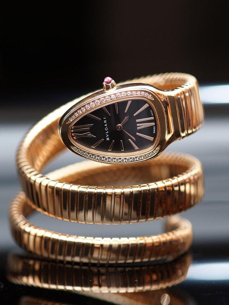 e5ca259b25a Bvlgari 18k Pink Gold Diamond Serpenti Quartz Watch. 18k Pink Gold Case set  with Round