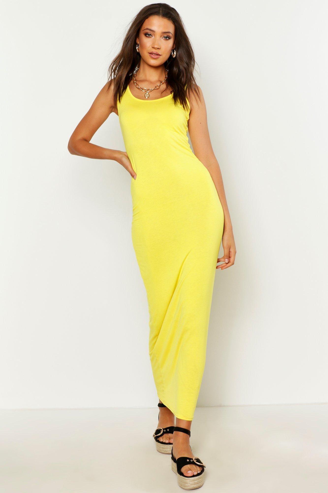 Tall Basic Maxi Dress Boohoo Basic Maxi Dress Maxi Dress Tall Maxi Dress [ 2000 x 1333 Pixel ]