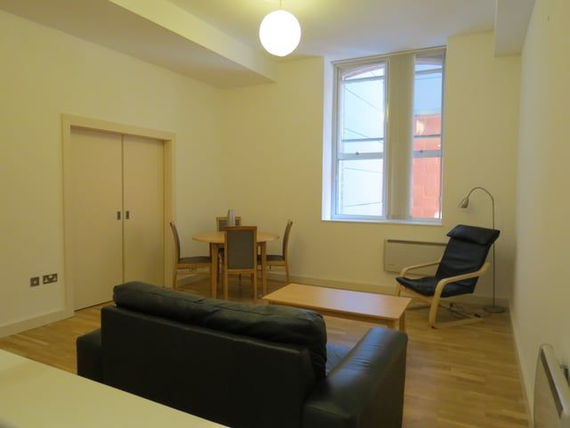 To Rent 1 Bed At The Wentwood 72 76 Newton Street Manchester M1 1eu 695 Pcm Property For Rent Rent Manchester City Centre